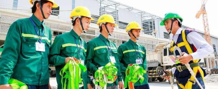 May đồng phục bảo hộ chất lượng tại quận Tân Phú