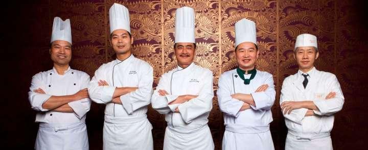 Doanh nghiệp may đồng phục nhà hàng cao cấp tại TPHCM