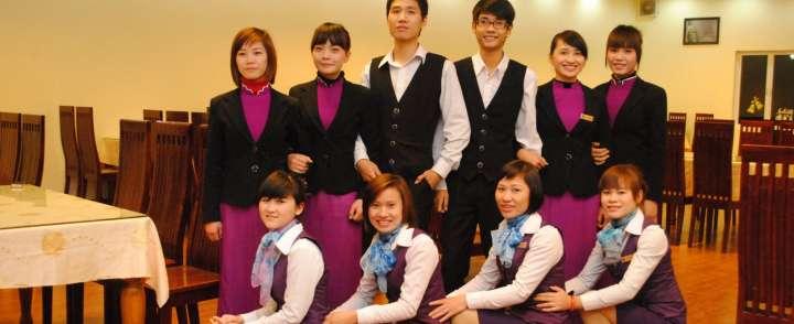 Doanh nghiệp may đồng phục khách sạn cao cấp tại TPHCM