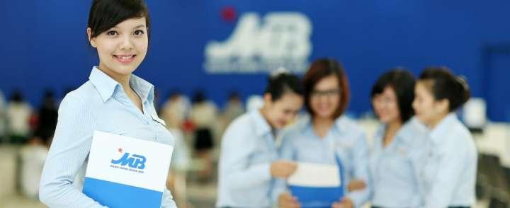 Doanh nghiệp may đồng phục ngân hàng cao cấp tại TPHCM