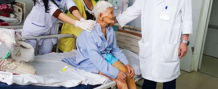 Doanh nghiệp may đồng phục bệnh nhân cao cấp tại TPHCM