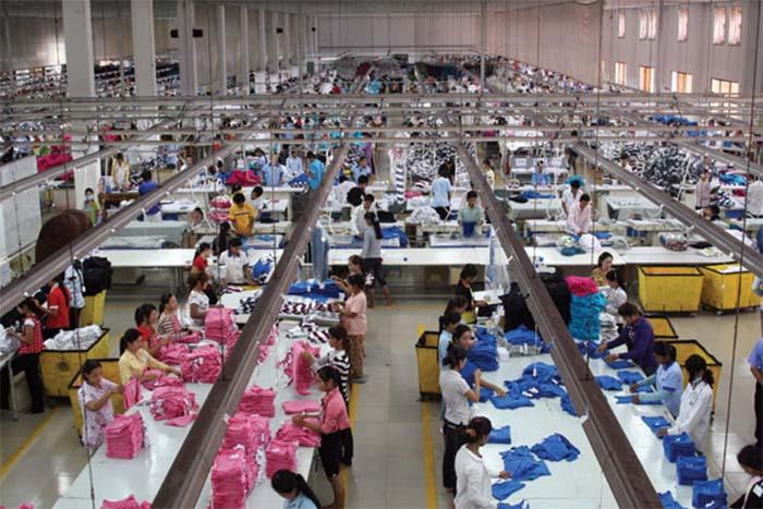 Xưởng may gia công áo thun đồng phục tại quận 12 – TPHCM