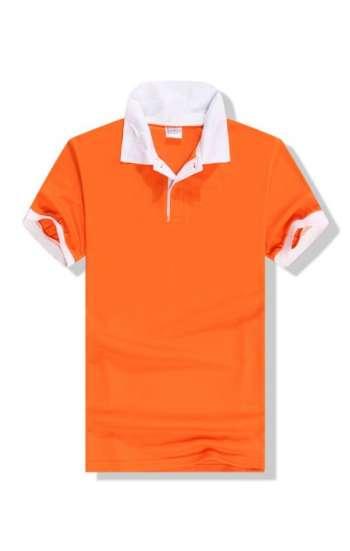 Mẫu áo thun đồng phục cổ trụ vải cá sấu màu cam viền tay và cổ màu trắng