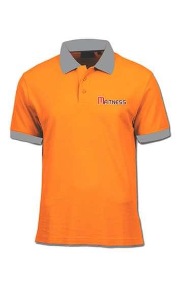 Áo thun đồng phục cổ trụ màu cam viền xám thêu chữ